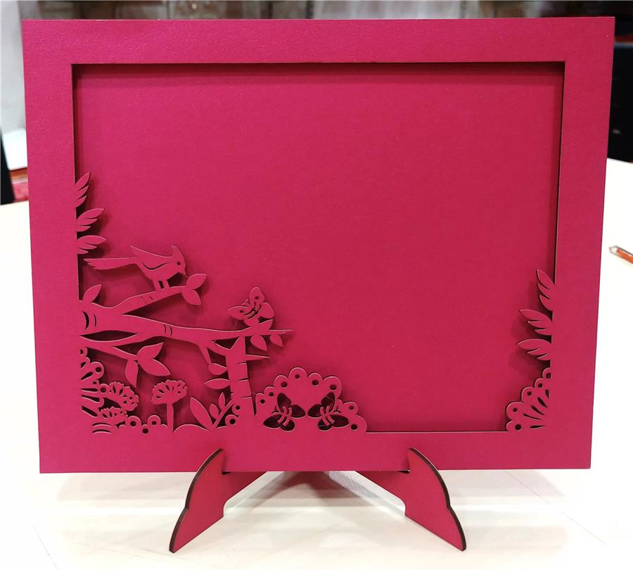 Laser cutting photo frame
