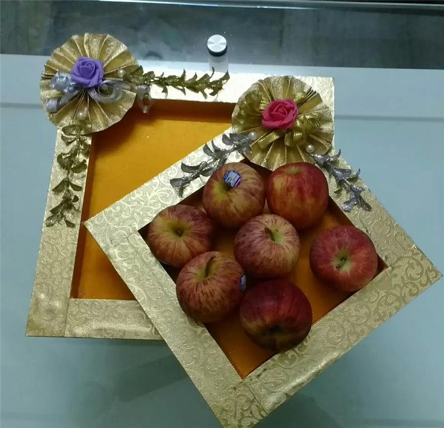 Trays for fruit packing