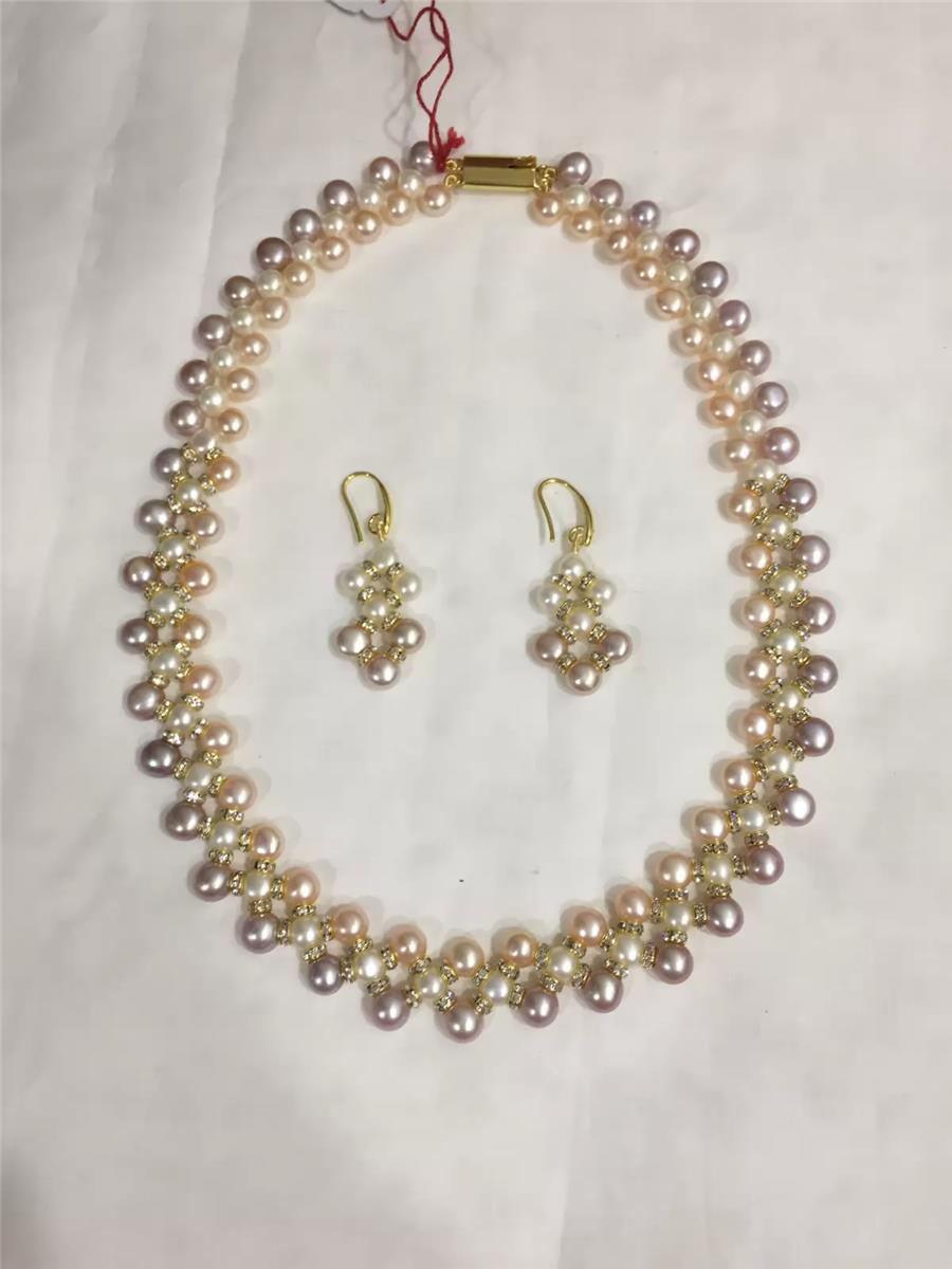 Pearl Necklace 032