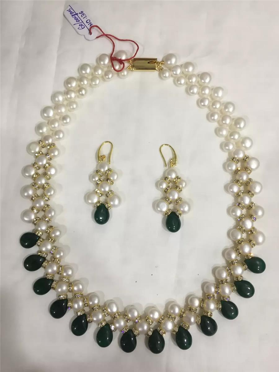 Pearl Necklace 034
