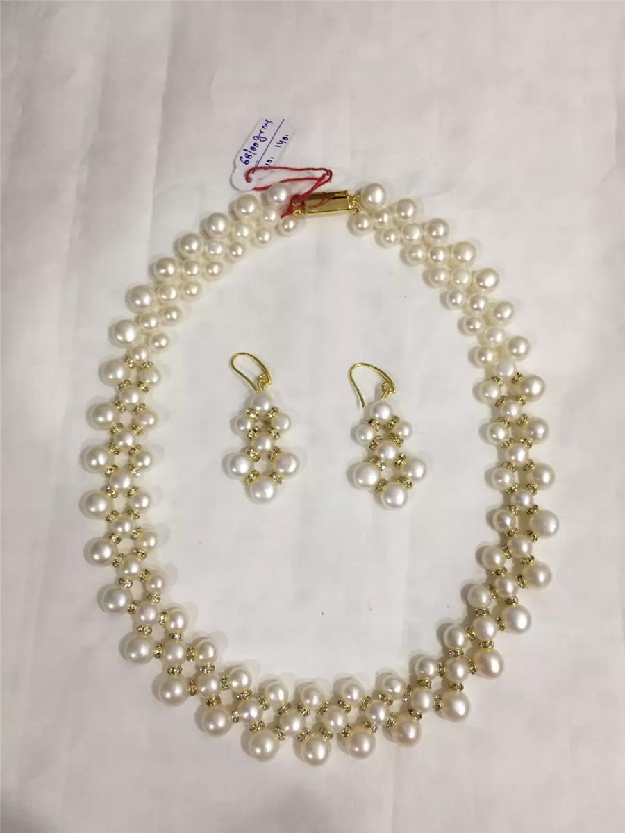 Pearl Necklace 030